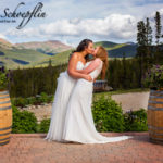 brides-wedding-altar-kiss