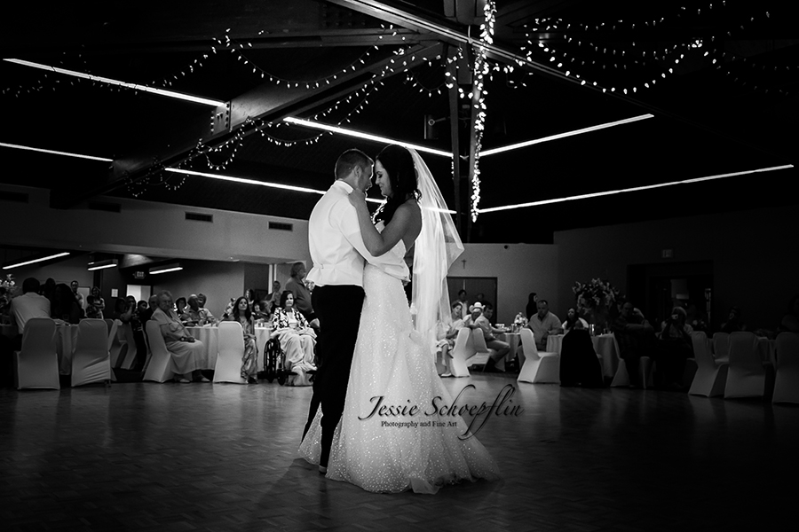7-first-dance-black-and-white