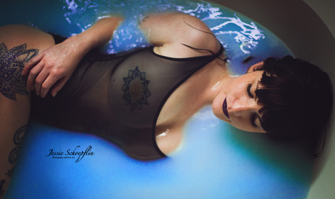 4-blue-milk-bath-boudoir