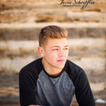 senior-headshot-log-cabin